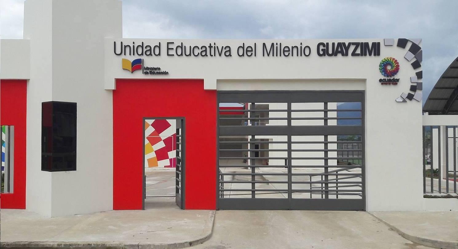 UNIDAD EDUCATIVA DEL MILENIO GUAYZIMI