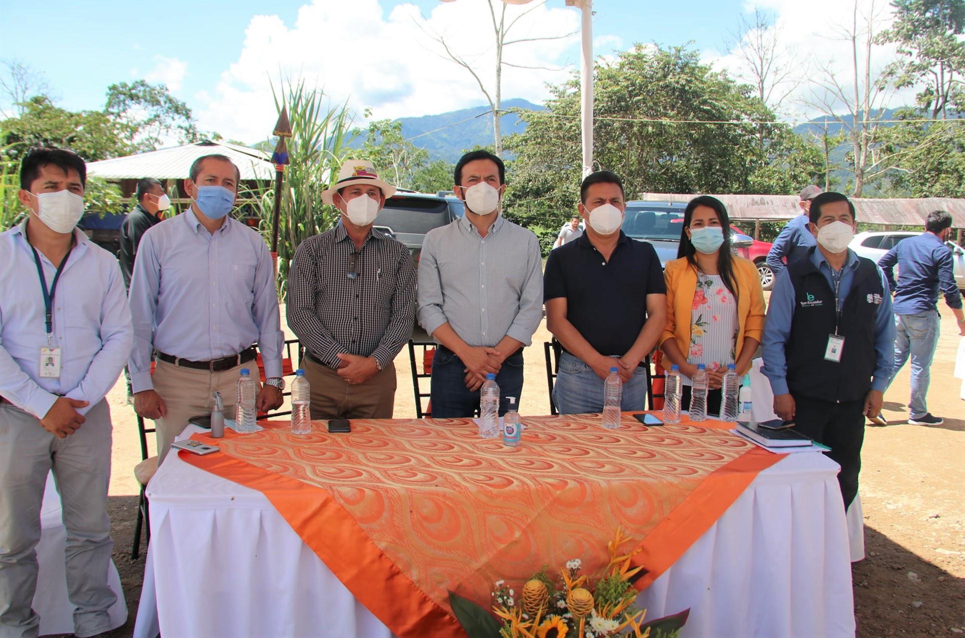 Reunión-de-Ministerio-de-Agricultura-y-Ganaderia-con-Alcalde-Nangaricense